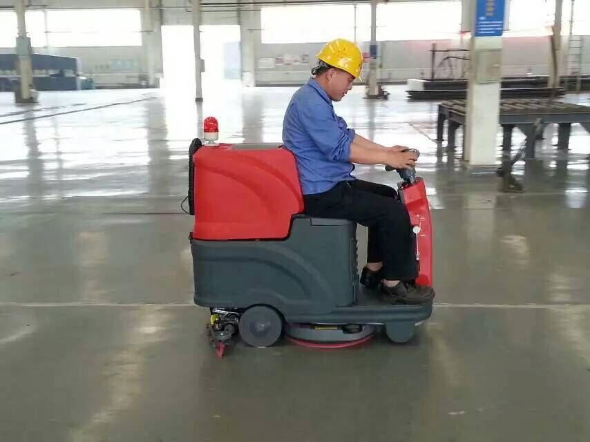 驾驶式洗地机在操作前要大家要很知道什么问题点