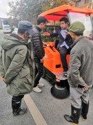 """用一款给力的驾驶式扫地机帮助湖南环境的在""""形象""""上会怎么样"""
